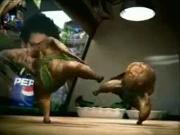 คลิป โฆษณา Pepsi Vs ซูโม่ไก่ย่าง