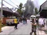 ข่าว ระเบิด   คาร์บอม  ภาึคใต้  3 จังหวัดชายแดนภาคใต้  นาราธิวาส  ตำรวจ