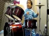 คลิป เด็ก 2 ขวบ โชว์ ตี กลอง drummer