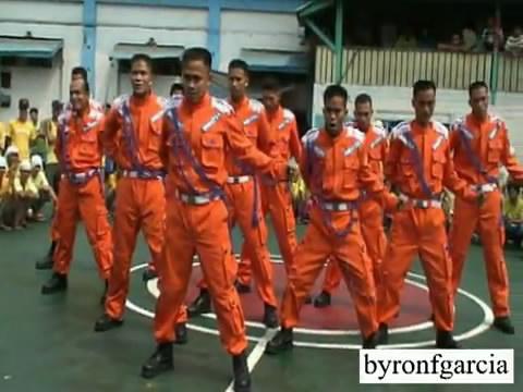 คลิป  อดีต นัก โทษชายในฟิลิปปินส์ เต้นหมู่ Michael Jackson