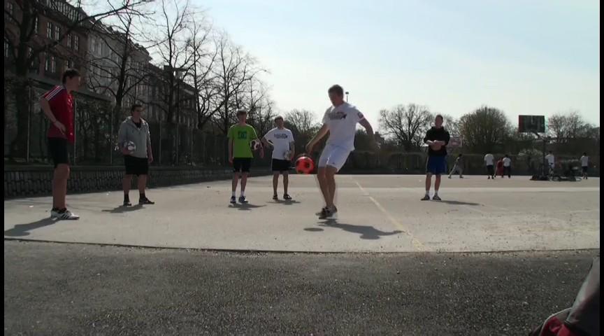 ฟุตบอลฟรีสไตล์ What Freestyle Has Become - Part I
