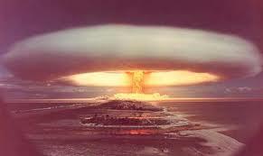 คลิป อนุภาพการระเบิดของระเบิดนิวเคลียร์รุนแรงน่ากลัวมากค่ะ