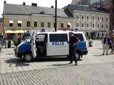 คลิป เค้าคนนี้..คงเป็นตำรวจที่มีความสุขที่สุดในโลก  ฮร่าๆ