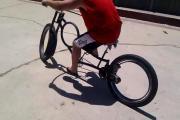 คลิป จักรยานเท่ห์ๆ.... Hubless bicycle