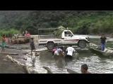 คลิป สุดระห่ำ วีธีเอารถข้ามแม่น้ำ ที่โบลิเวีย