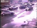 คลิป  พายุทอร์นาโด ระทึก ทอร์นาโด ถล่มลานจอดรถ อเมริกา ชิ้นล่าสุด