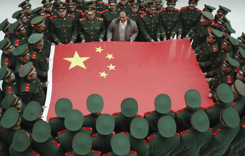 คลิป กองทัพเเห่งการยิงจรวด China Army 2011