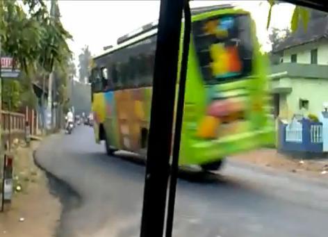 รถบัส นรก ซิ่ง แหกโค้ง ยกล้อ อันตราย หวาดเสียว น่ากลัว
