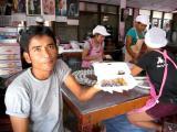 กินกุยช่ายพนม ร้านเจ๊อิมเกาะขนุน ขนมโบราณแสนอร่อย แห่งเมืองแปดริ้ว