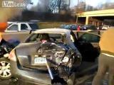 คลิป อุบัติเหตุชนเละ ไฟท่วมรถยนต์ คนนอนสลบ น่ากลัวมาก