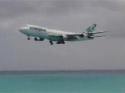 คลิป air plane เครื่องบิน beach landing