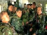 ::-->ระทึก! ทหารไทย กระโดดร่ม แต่ร่มติดเครื่องบิน <--::