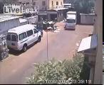 คลิป รถพ่วงรีบออกรถไม่ดูเด็กหวิดทับเสียชีวิต Israel