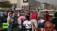 รถบรรทุกน้ำตาลวิ่งจนสะพานลอย ล่วงทับคน เจ็บ 4 ตาย 1 Turkey