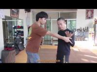 มวยไทย มวยไชยา มวยโบราณ ป้องกันตัว ต่อสู้ ผู้หญิง เทคนิค ฝึกสอน