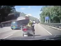 รวมคลิปอุบัติเหตุ จากกล้องวงจรปิด กล้องหน้ารถ (เตรียมใจก่อนดู)