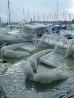 พายุน้ำแข็ง... ที่อเมริกาประสบอยู่