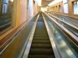 บันไดเลื่อน บันได สูง ยาว ทันสมัย That is very long escalator