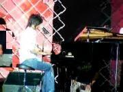 เพลง รักเธอ โต๋  มินิคอนเสิร์ต music video vdo concert piano