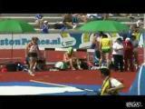 อุบัติเหตุ นักกีฬา สาว พลาด กระโดดสูง ล้ม