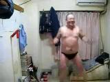 คลิป ผู้ชาย เต้น แก้ผ้า ทำไปได้ ดูเขาทำ