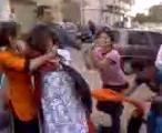 หญิงอินเดีย ตบข้างถนน