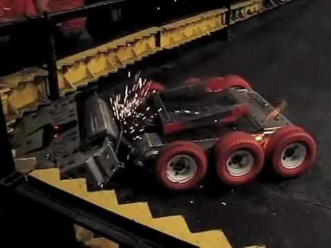 คลิป สงครามหุ่นยนต์มันส์สุดยอด  ตอน1