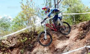 คลิป การแข่งขันจักรยานภูเขาชิงแชมป์โลก(06-10-10)