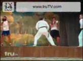 คลิป คาราเต้ ศิลปะป้องกันตัว มวยคาราเต้ โชว์ เตะ หน้า เวที มึน เตะหน้า กีฬา Karate