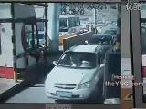 คลิป อุบัติเหตุ กล้องวงจร เบรกแตก ด่านเก็บเงิน ทางด่วน สิบล้อ กล้องวงจร ประเทศจีน