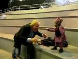 คลิป มนุษย์ตัวเล็กที่สุดในโลก นักเล่นกล