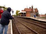คลิป ถ่ายคลิปรถไฟ -  เกือบตายแบบไม่รู้ตัวแล้ว