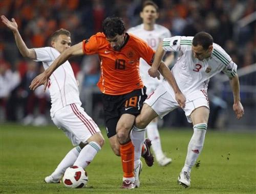 คลิป ฮอลแลนด์ 5-3 ฮังการี..ยูโร 2012 รอบคัดเลือก กลุ่ม E