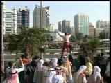 สไปเดอร์แมน สูงที่สุดในโลก ปีนตึก ไต่ตึก ดูไบ ฝรั่งเศษ อแลง โรแบร์ Spiderman scales Abu Dhabi talles
