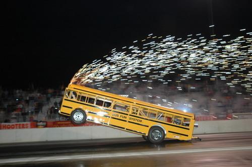 รถนักเรียน รถแข่ง ยกล้อ ซิ่ง สนุก มัน แว๊น