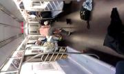 หนุ่มคลั่ง แก้ผ้า อาละวาด ใน รถไฟใต้ดิน มหานคร นิวยอร์ก