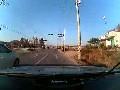 คลิป อุบัติเหตุรถยนต์ชนมอเตอร์ไซค์ ที่เกาหลี