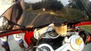 หนุ่ม ขับ มอเตอร์ไซค์ จักรยานยนต์ เปลือยกาย โชว์