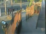 ประมาท มอเตอร์ไซต์ รถแวน สวนเลน รถชนกัน อุบัติเหตุ สยอง Motorcycle Collides With