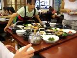ไอเดีย เสิร์ฟอาหาร อาหาร โต๊ะอาหาร เสิร์ฟทั้งโต๊ะ ร้านอาหาร โต๊ะ