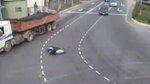 โหด สยอง รถชน มอเตอร์ไซค์ รถทับ จักรยานยนต์ อุบัติเหต