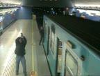 คลิป ชายชิลีคลั่ง! กราดยิงผู้คนบนรถไฟใต้ดิน ตาย2เจ็บ4