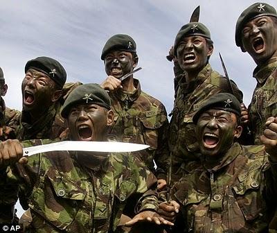 คลิป กองทัพ รบพิเศษ กูรข่า หน่วยรบปิศาจ ทหาร อังกฤษ สงคราม 2