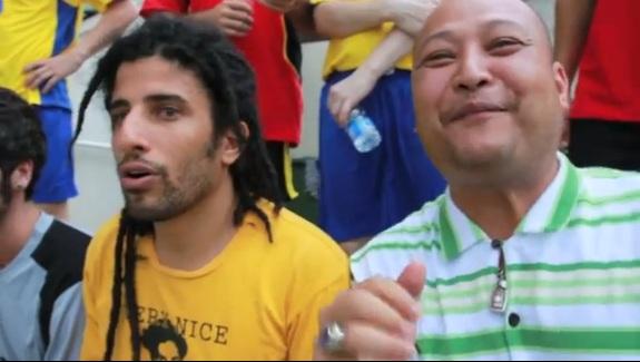 คลิป falang farang speak thai comedy talok ฝรั่ง ฝรั่งพูดไทยได้ วีดีโอตลก farangland funny movie bangkok