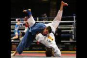 การต่อสู้ มวยไทย mma คาราเต้ ศิลปะการต่อสู้ เทควันโด ยูโด รับสมัคร การแข่ง