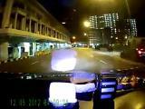 คลิป สยอง,รถชน,สิงคโปร์, เฟอรารี่ฝ่าไฟแดงชนแท็กซี่