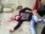 สยอง,โหด, ระทึก, หวาดเสียว,สุดโหด, ฆ่ากัน, หนุ่มซีเรีย, กระสุนพุ่งเจาะลำคอ, เลือ