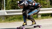 คลิป หนุ่มแคนาดาซิ่งสเก็ตบอร์ดเร็วสุดในโลก