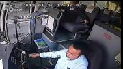 คลิป อย่างเสียว เศษเหล็กบินใส่หน้ารถบัส คนขับรับไปเต็มๆ