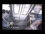 คลอดลูกบนรถเมล์